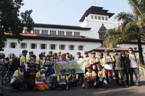 B2W Bandung